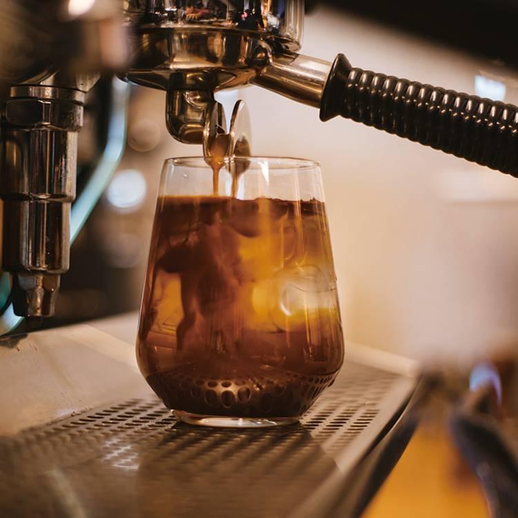 무료 아메리카노 커피 쿠폰