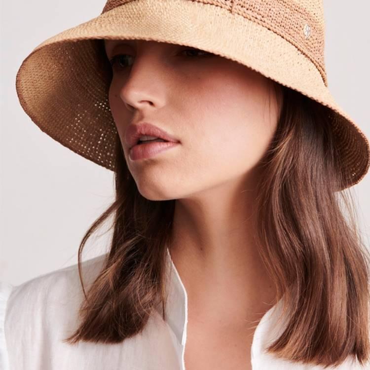 [100LIVE] 헬렌카민스키 아이코닉 모자 20%할인