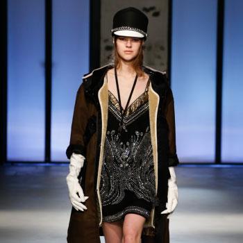 N˚21 첫번째 패션쇼 제품, Model: Angelina Artemieva