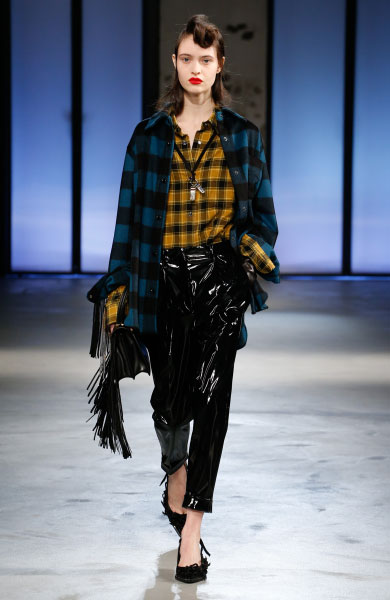 N˚21 두번째 패션쇼 제품, Model: Sofia Romay