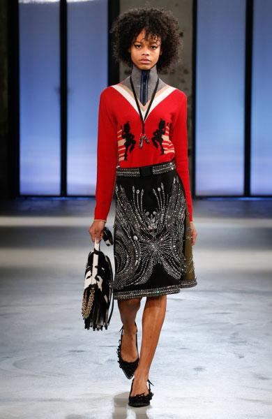 N˚21 다섯번째 패션쇼 제품, Model: Aaliyah Hydes